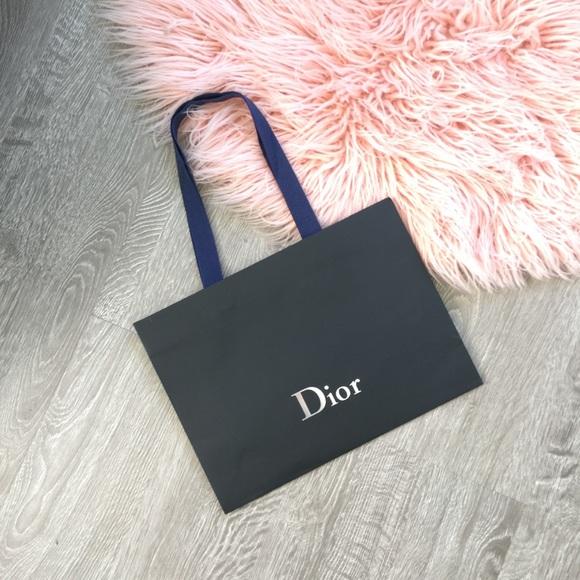 Dior Bags   Shopping Bag   Poshmark d32eaee775